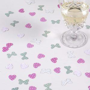 Romantiske bordkonfetti sommerfugle og hjerter