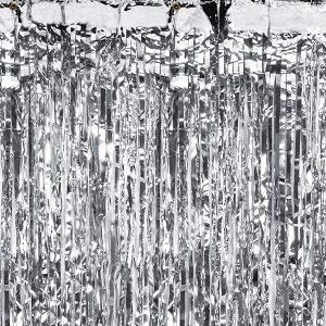 Sølvfarvet festgardin