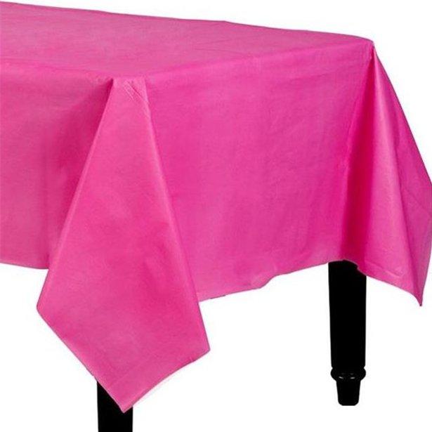 Hot pink plast dug